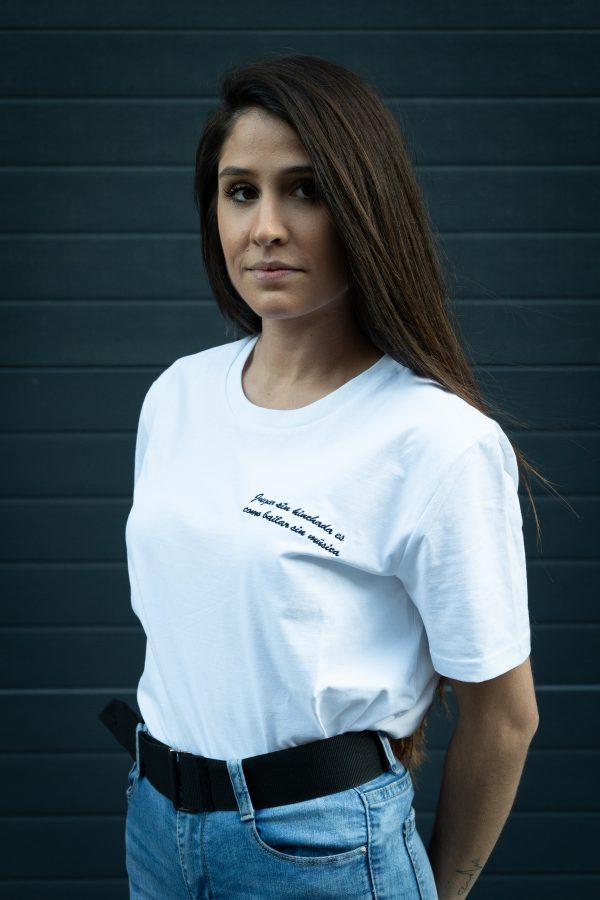 Camiseta Galeano bordada chica