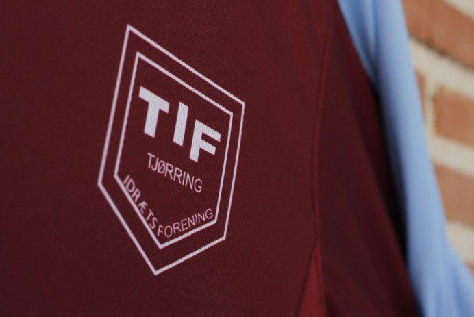 Escudo camiseta Tjørring IF
