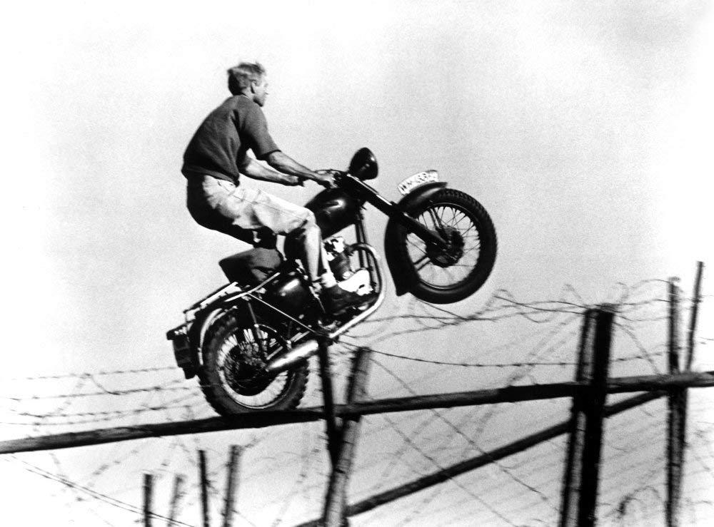 Salto Gran Evasión Ekins McQueen