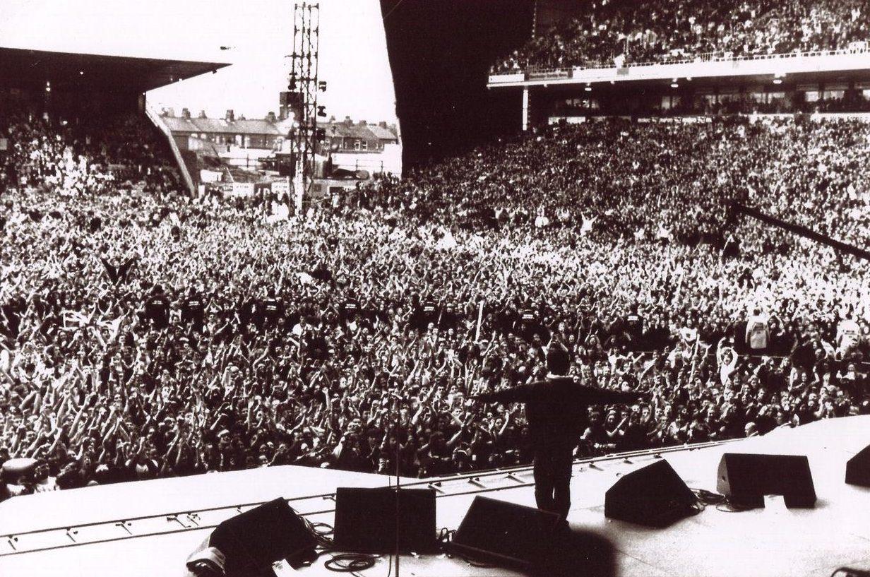 Oasis Noel Gallagher Maine Road