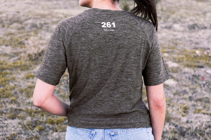 Camiseta técnica oliva Kathrine Switzer 3
